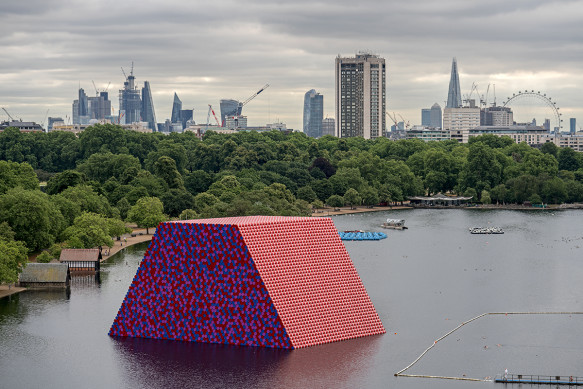 The-London-Mastaba-Christo